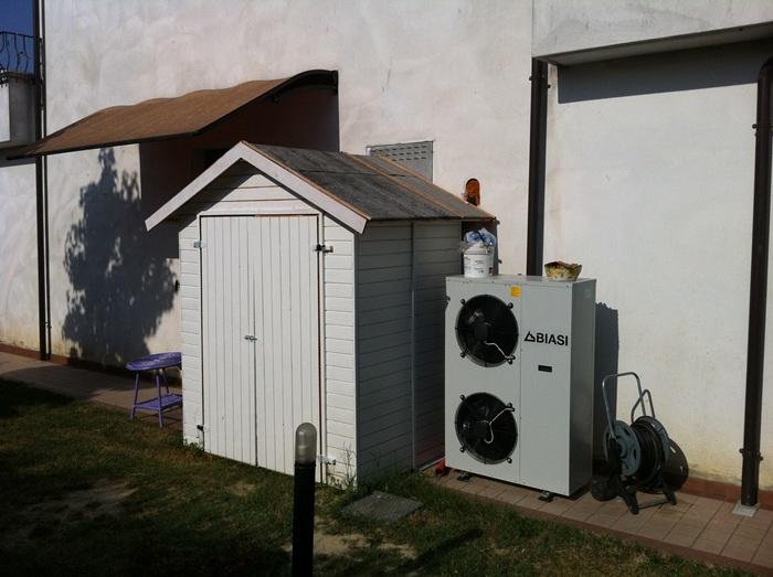 Casa immobiliare accessori solare termico con pompa di - Scambiatore di calore casa ...